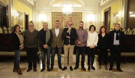 Larrosa amb el jurat dels premis Horta.