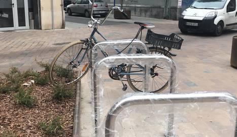 Bicicletes de mal aparcar