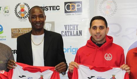 Barry i Sebas van ser presentats ahir com a jugadors del club.