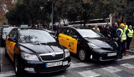 Els taxistes de Barcelona han convocat una vaga indefinida.