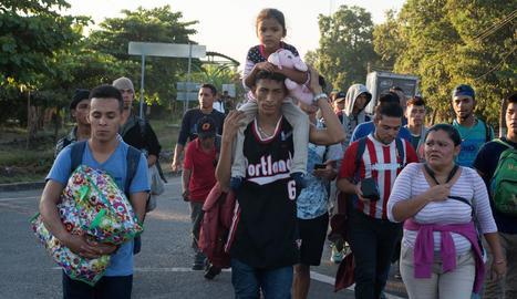 Una nova caravana de migrants centreamericans arriba a Mèxic