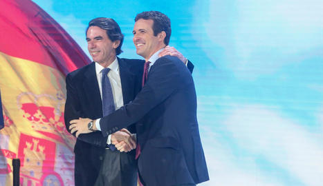 José María Aznar i Pablo Casado durant la convenció del PP.