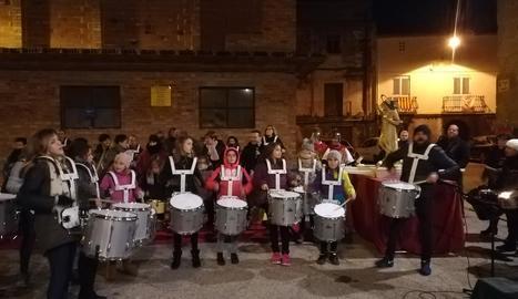 Més de 110 tambors ressonen a Torrelameu