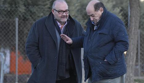 Joan Oliver, a l'esquerra, era el màxim accionista del Reus.