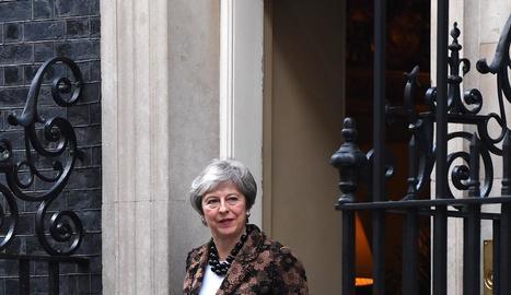 La 'premier' britànica, Theresa May, ahir, a Downing Street.