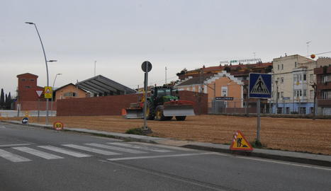 Les obres per construir el pàrquing de l'estació.