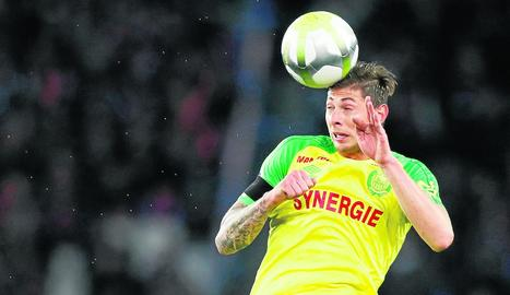 Emiliano Sala, durant un partit amb el Nantes.
