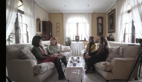 Ana Pastor parla amb Irene Villa, la seua mare i la seua germana sobre l'atemptat d'ETA patit el 1991.