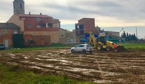 Les obres de la nova pista poliesportiva de Benavent.