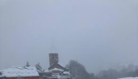 Esquiadors ahir a l'estació de nòrdic de Sant Joan de l'Erm.