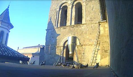 El dispositiu que s'ha col·locat a la teulada de la catedral.