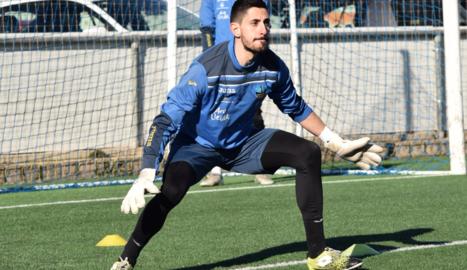 Óscar Santiago, ahir al matí al camp de l'AEM durant l'entrenament del Lleida.