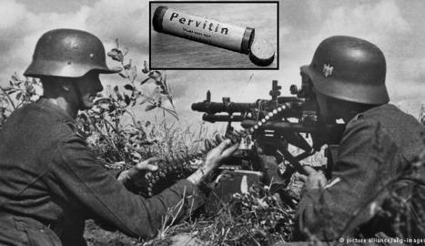 Imatge de 'Los yonkis de Hitler' amb el medicament per a la tropa.