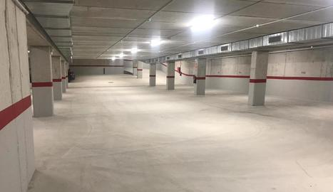 Imatge de l'interior del pàrquing subterrani d'Arties.
