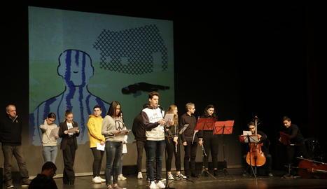 Un moment de l'acte commemoratiu, que va tenir lloc ahir al Teatre de l'Escorxador.