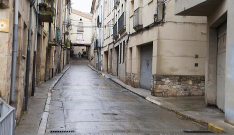 El carrer Sant Agustí arriba fins a la plaça de Sant Antoni.