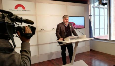 """El portaveu de JxCat, Albert Batet, va demanar ahir """"responsabilitat"""" a ERC perquè hi hagi comptes."""