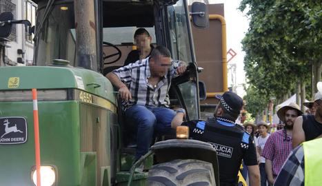 Imatge del moment en què el condemnat va ser denunciat per la Guàrdia Urbana.
