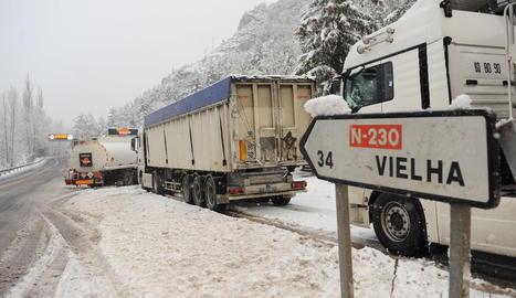 Imatge d'arxiu de camions al túnel de Vielha.