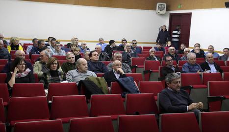 La reunió de regants de la séquia de Torres de Segre celebrada ahir a la nit.