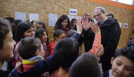 El president de la Generalitat, Quim Torra, ahir, durant la visita a un col·legi a Roda de Ter.