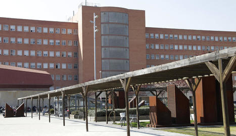 Vistes de l'hospital Arnau de Vilanova de Lleida, que va detectar l'any passat 2.100 casos de càncer.