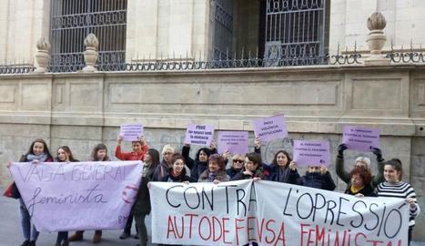 Naix la Coordinadora 8-M Lleida per convocar una vaga de dones