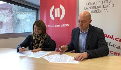 Conveni ahir entre Normalització Lingüística i l'Orfeó Lleidatà.