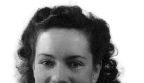 Conxita Grangé va rebre la Legió d'Honor del Govern francès el 1975.