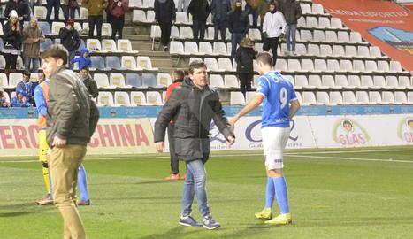 El Lleida fa fora Albadalejo després de fer el ridícul davant del cuer (0-2)