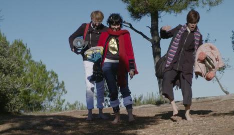 Samanta, a la dreta, acompanya Vicente i Ray en el seu dejuni.