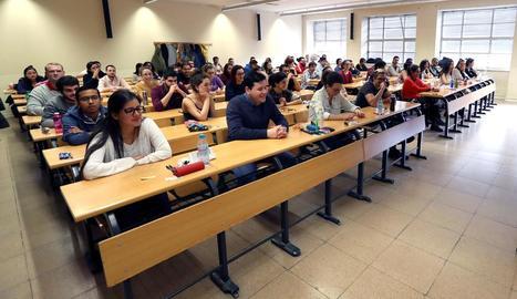 Una aula a Madrid on dissabte es va fer la prova del MIR.