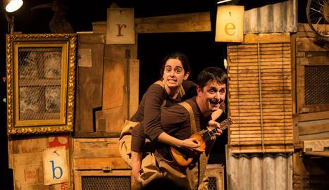 Zum Zum Teatre presentarà a partir de dimecres l'obra 'La gallina dels ous d'or' al TNC.