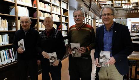 Josep Murgades presenta a l'IEI el llibre 'Escrits sobre Fabra'