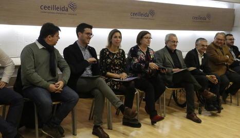 La consellera Àngels Chacón va visitar ahir Actel, a Térmens.