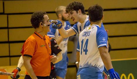 Andreu Tomàs celebra el gol que en aquell moment permetia al Llista empatar el matx.