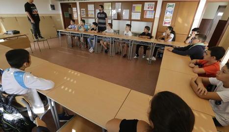 Alumnes de primer d'ESO al col·legi Magraners.