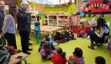 Visita del conseller al col·legi Els Raiers de la Pobla de Segur.