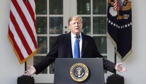 """Donald Trump va anunciar que declararà l'emergència nacional per la """"invasió"""" d'immigrants."""