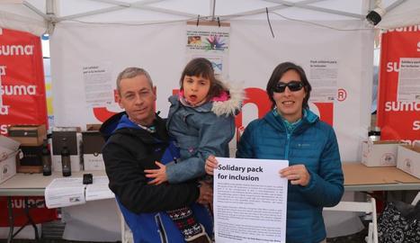 La família va instal·lar una parada d'embotits a la Bassella Race.