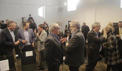 Manel Martí, Mercedes Iborra, Joan Serentill i Àngel Jubete, en un moment de la taula redona.