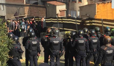 Els Mossos carreguen contra els manifestants a Lleida