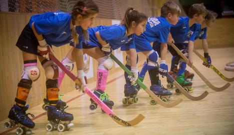 femení. El club vol fomentar i consolidar la presència de noies al Llista per fer un equip professional a llarg termini.