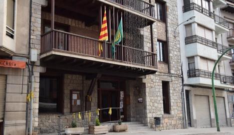 Imatge de la façana de l'ajuntament d'Organyà.