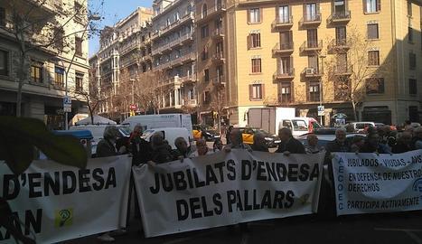Nova protesta de jubilats d'Endesa pels seus drets.