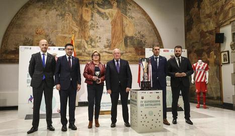 Un moment de la presentació, ahir, de la Supercopa de Catalunya, acte al qual va assistir Bartomeu.