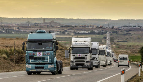 Més mil camions es desvien cada dia de la N-240 cap a l'autopista
