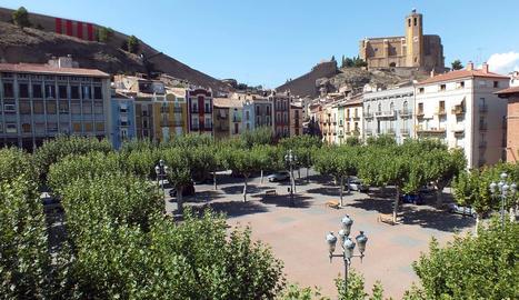 Vista de la plaça Mercadal de Balaguer.