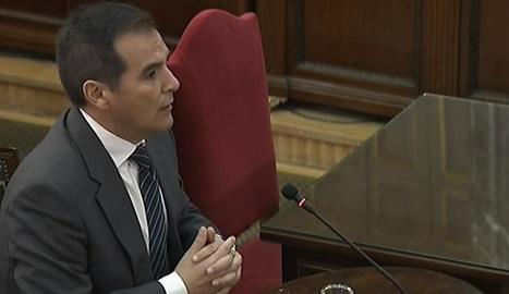 Nieto acusa Forn i els Mossos de mostrar-se reticents a complir el mandat judicial d'impedir l'1-O