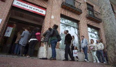 L'atur a Lleida cau en 61 persones al febrer